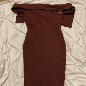 Mauve dress that's suits any occasion